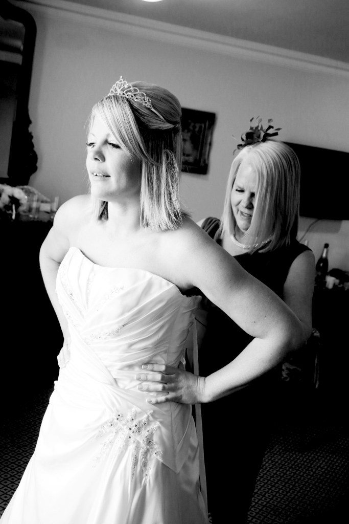 Paul McHutcheon, Laura Guthziet, Black & White, Pre-Wedding, Preparations, Wedding Dress, Photography, Pearman