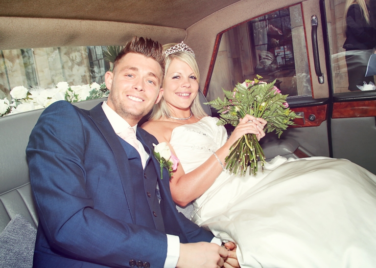 Paul McHutcheon, Laura Guthziet, Just Married, Proud, Bride and Groom, vintage car, Pearman Photography
