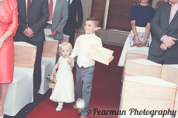 Usher, Page Boy, Bridesmaid, Flower Girl, Sign, Last Chance to run, Lisa Fay, Richard Johnson, Pearman Photography, Wedding, Jesmond