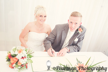Signing of the register, Legal, Signature, Lisa Fay, Richard Johnson, Pearman Photography, Wedding, Jesmond