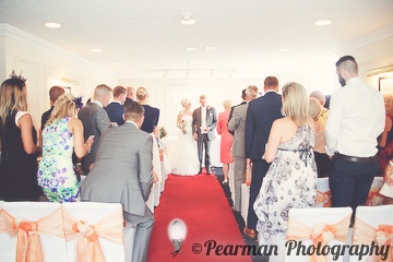 Top of the Aisle, Walk down the aisle, Married, Lisa Fay, Richard Johnson, Pearman Photography, Wedding, Jesmond