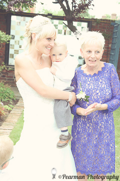 Mother of the bride, Brides Child, Lisa Fay, Richard Johnson, Pearman Photography, Wedding, Jesmond