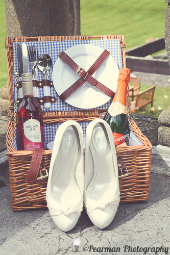 Picnic Hamper, Pearman Photography, Paige Rowland, Anthony Battista, Vintage Wedding, Kirkley Hall, Pink and White Colour Theme, Country Theme