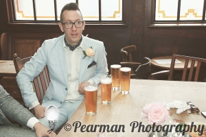 Pub, Nervous Groom,  Jewish Wedding, Pearman Photography, London Wedding Photographer, Pub, Amy Nicholson, Justin Brett