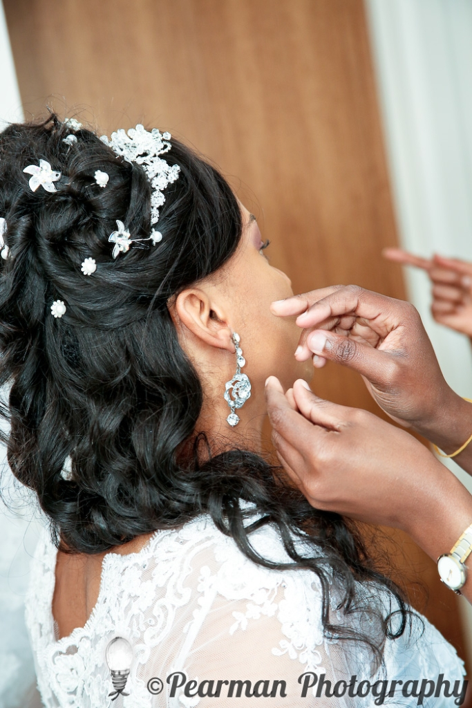 Pearman Photography, Wedding, Boutique, Chaos, Wedding Preparations, African Wedding, Newcastle, Nerves, Excitement, Jewellery