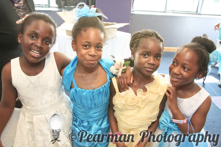 Pearman Photography, Wedding Photography, African Wedding, Ijeoma, Udu Odah, Kingston Park Rugby Club, Girls, Guests